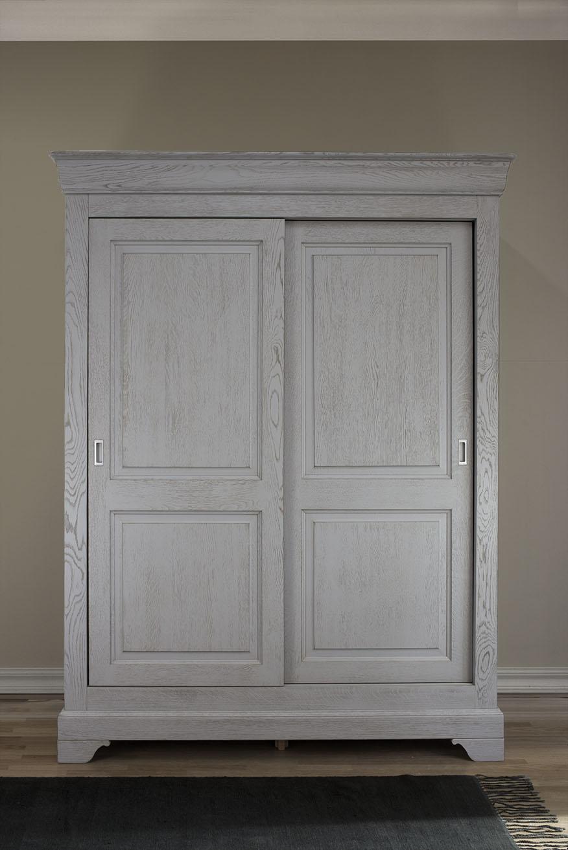 Armoire 2 portes Jean-Baptiste en Chêne Massif portes coulissantes de style Louis Philippe Finition Chêne Brossé