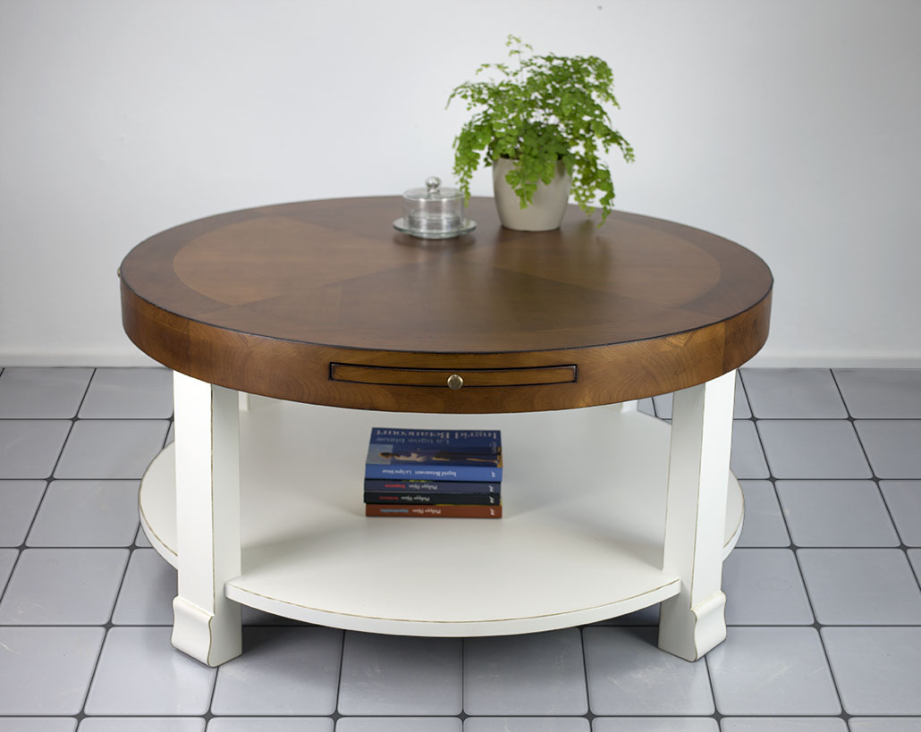 Table Basse Ronde Elsa Realisee En Merisier De Style Contemporain Bi