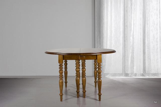 Table ronde à volets DIAMETRE 120  en merisier massif de style Louis Philippe 7 allonges de 40 cm  Table  à la demande d'un client