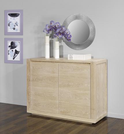 Buffet 2 portes mathis réalisé en chêne de ligne contemporaine finition chêne brossé blanchi