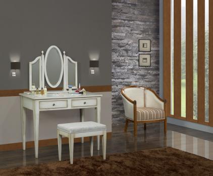 Table de toilette ou Coiffeuse Coralie réalisée en chêne de style Louis Philippe