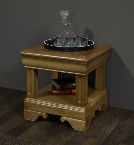 Bout de canapé ou Table d'appoint  réalisé en chêne de style Louis Philippe