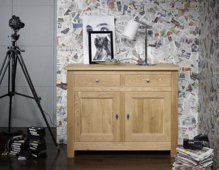 Buffet 2 portes 2 tiroirs Pierre, réalisé en Chêne Massif de style campagnard Finition Chene Naturel Brossé