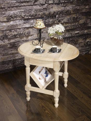 Table Basse ou Bout de Canapé Marc-Eric, réalisée en Chêne de style Louis Philippe  Finition Chêne Brossé Blanchi