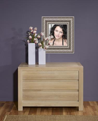 Commode 3 tiroirs réalisée en chêne massif de style contemporain
