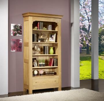 Bibliothèque rémy réalisée en chêne massif de style louis philippe campagnard  finition chêne brossé naturel