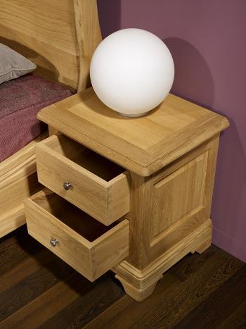 Chevet 2 tiroirs Jean-Baptiste réalisé chêne massif de style Louis Philippe Finition Chêne Brossé Naturel