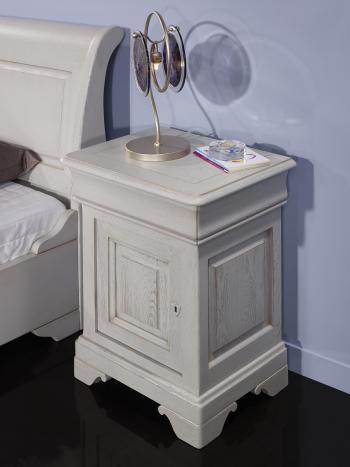 Chevet  Hugo 1 porte 1 tiroir, réalisé en Chêne Massif de style Louis Philippe Finition Chêne Brossé Gris Perle