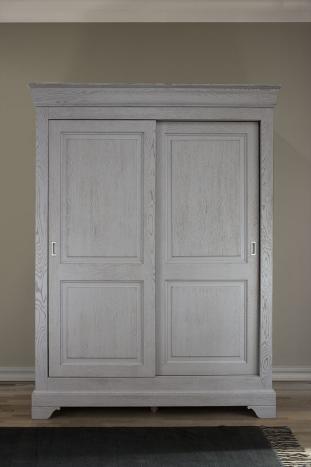 Armoire 2 portes Jean-Baptiste en Chêne Massif portes coulissantes, de style Louis Philippe Finition Chêne Brossé