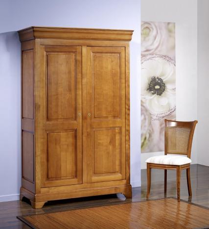 Armoire 2 portes Mélodie  en Merisier Massif de style Louis Philippe 132 cm de large