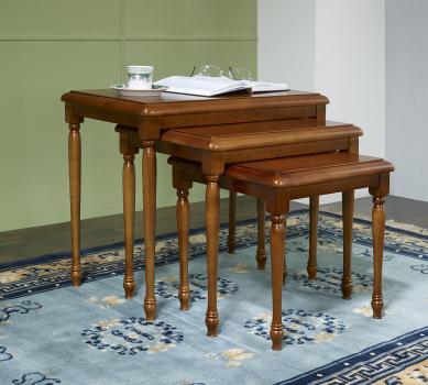 Table Gigognes en Merisier Massif de style Louis Philippe