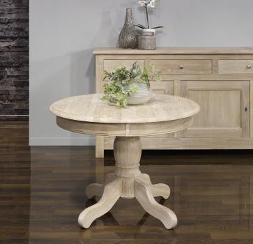 Table ronde Benoit de style Louis Philippe réalisée en Chêne massif diamètre 105 avec 2 allonges de 40 cm Finition Chêne Brossé Blanchi