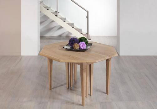 Table à volets octogonal,  réalisée en chêne massif de style Louis Philippe 7 allonges de 40 cm Chêne brossé Blanchi