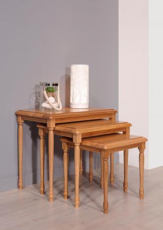 Table Gigognes en Chêne Massif de style Louis Philippe
