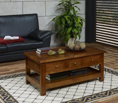 Table Basse Eglantine réalisée en Merisier de style Campagnard