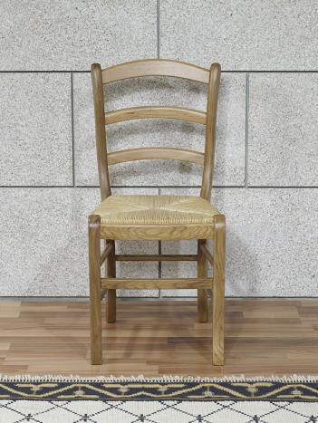 Chaise anna réalisée en chêne massif de style louis philippe assise paille de seigle