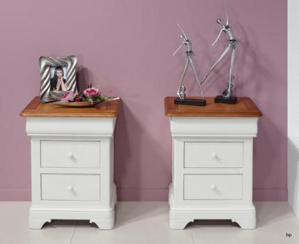 Chevet 3 tiroirs Anne-Lise  en Merisier Massif de style Louis Philippe