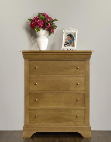 Commode 4 tiroirs Nathan  en Chêne de style Louis Philippe Largeur 112 cm SEULEMENT 1 DISPONIBLE